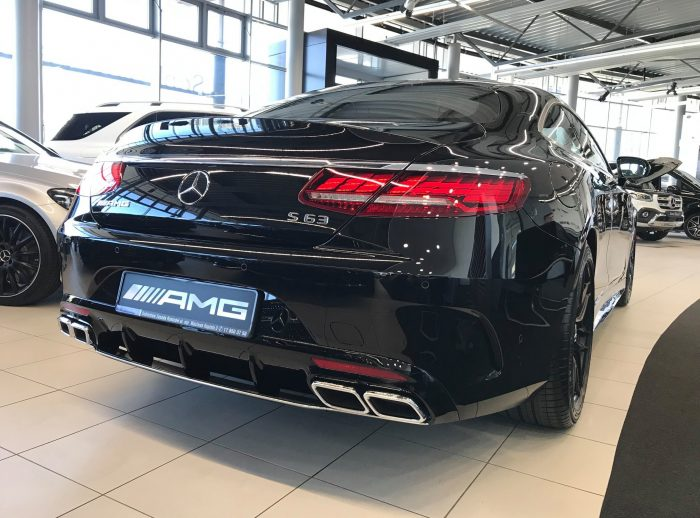 Mercedes S Coupe 63 AMG